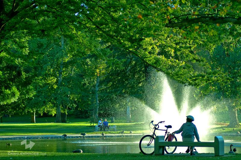 http://zwahlenimages.com/blog/wp-content/uploads/2011/01/075-Land-Park-smf-2008-08-1.jpg